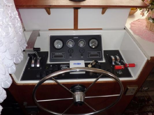 Boats for Sale & Yachts Carver 33 / 37 AC 1992 Carver Boats for Sale