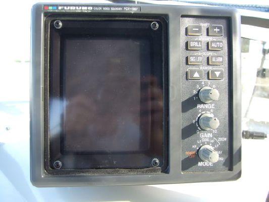 1992 carver 538 montego 380 express  34 1992 Carver 538 Montego (380 Express)