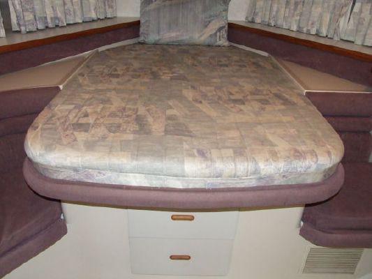 1992 carver 538 montego 380 express  58 1992 Carver 538 Montego (380 Express)
