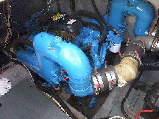 1992 carver 538 montego 380 express  73 1992 Carver 538 Montego (380 Express)