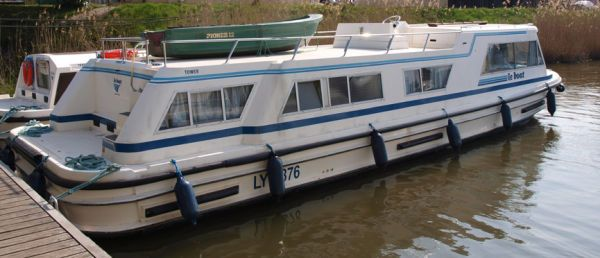 Boats for Sale & Yachts Connoisseur TOWER 1325 FB 1992 All Boats
