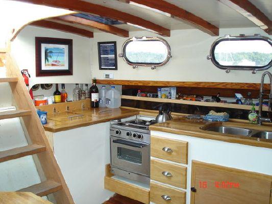 1992 parker marine exuma schooner  13 1992 PARKER MARINE Exuma Schooner