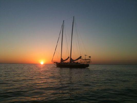 1992 parker marine exuma schooner  4 1992 PARKER MARINE Exuma Schooner