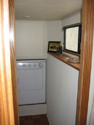 1992 skipperliner intercoastal houseboat liveaboard  30 1992 Skipperliner Intercoastal Houseboat Liveaboard