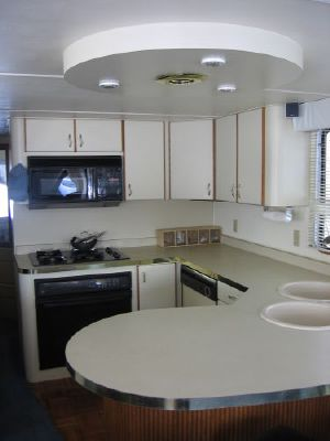 1992 skipperliner intercoastal houseboat liveaboard  4 1992 Skipperliner Intercoastal Houseboat Liveaboard