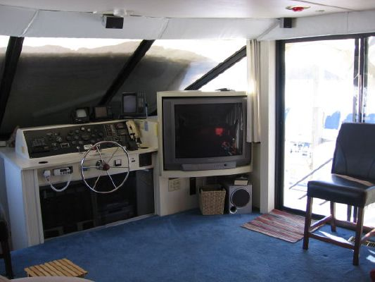 1992 skipperliner intercoastal houseboat liveaboard  6 1992 Skipperliner Intercoastal Houseboat Liveaboard