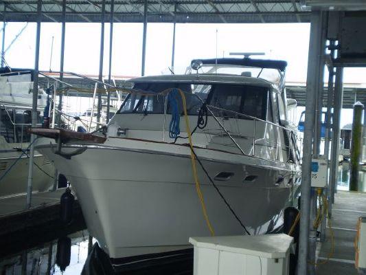 Bayliner 4588 Pilothouse Motor Yacht 1993 Bayliner Boats
