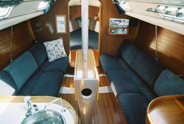 1993 beneteau first 310  10 1993 Beneteau First 310