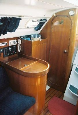 1993 beneteau first 310  12 1993 Beneteau First 310
