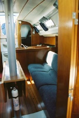 1993 beneteau first 310  16 1993 Beneteau First 310