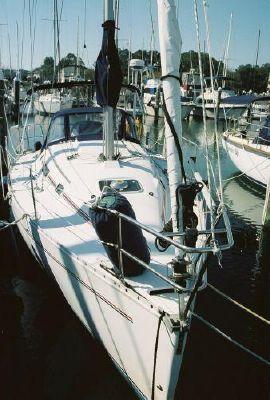 1993 beneteau first 310  4 1993 Beneteau First 310