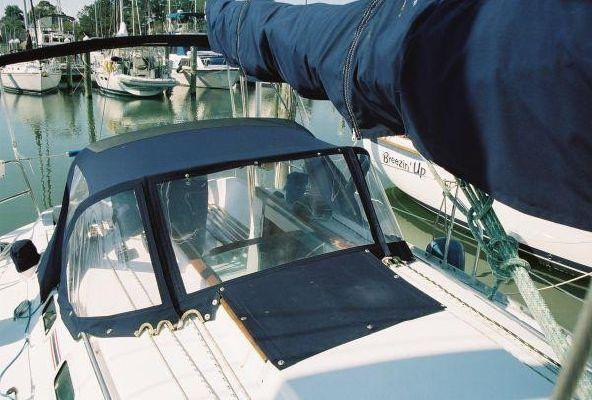 1993 beneteau first 310  6 1993 Beneteau First 310