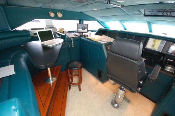 Broward Raised Pilot House 1993 All Boats