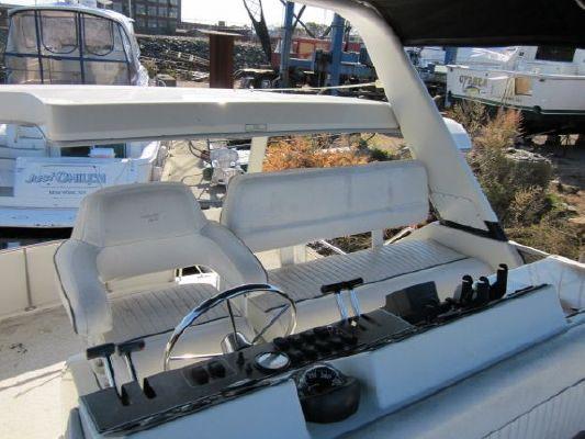 Carver 390 CMY 1993 Carver Boats for Sale