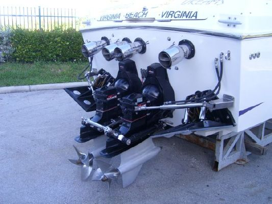 1993 Cigarette Racing Revolution Boats Yachts For Sale