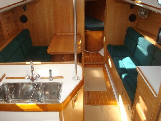 Freedom Yachts Race and Cruise Ready 1993 All Boats