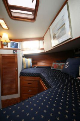 Boats for Sale & Yachts Grand Banks Stabilized with Bow Thruster 1993 Grand Banks Yachts
