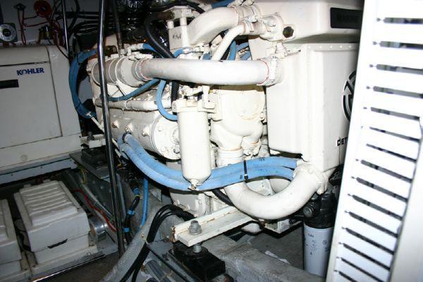 1993 silverton 46 motor yacht  26 1993 Silverton 46 Motor Yacht
