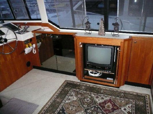 1994 bayliner 4587 cockpit motor yacht  5 1994 Bayliner 4587 Cockpit Motor Yacht