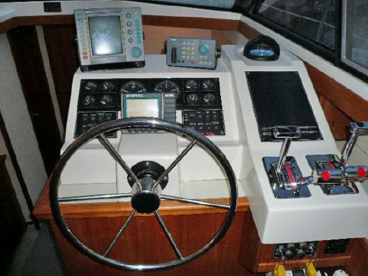1994 bayliner 4587 cockpit motor yacht  8 1994 Bayliner 4587 Cockpit Motor Yacht