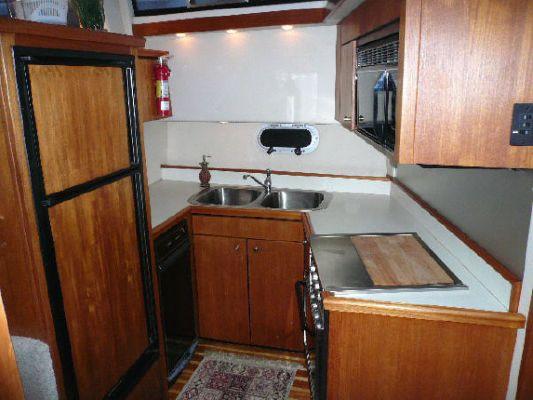 1994 bayliner 4587 cockpit motor yacht  9 1994 Bayliner 4587 Cockpit Motor Yacht