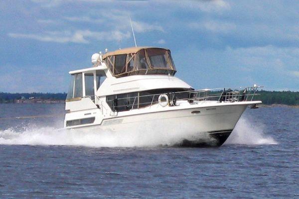 Carver 390 CMY 1994 Carver Boats for Sale
