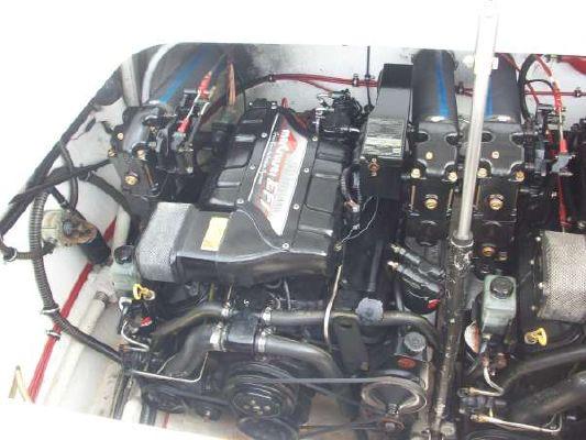 Formula 382 FASTech, Lift Kept, No Bottom Paint 1994 Motor Yachts
