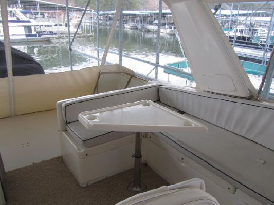 1994 jefferson marquessa extended deckhouse  43 1994 Jefferson Marquessa Extended Deckhouse