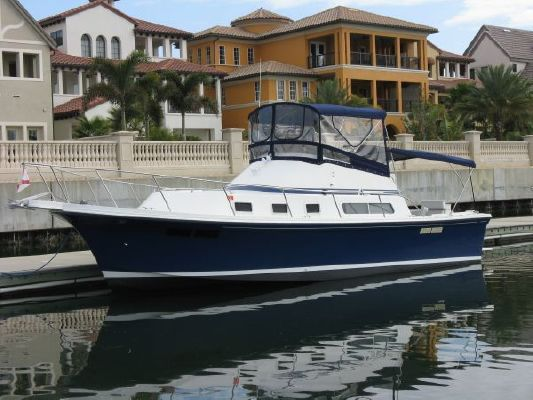 Albin Command Bridge/Sportfisher 1995 Albin boats for sale Sportfishing Boats for Sale