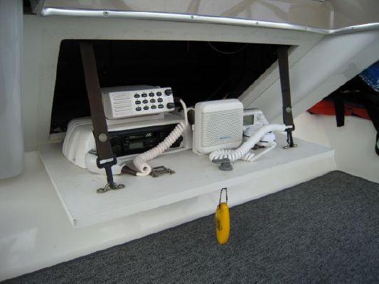 1995 bayliner 4587 cockpit my  48 1995 Bayliner 4587 Cockpit MY