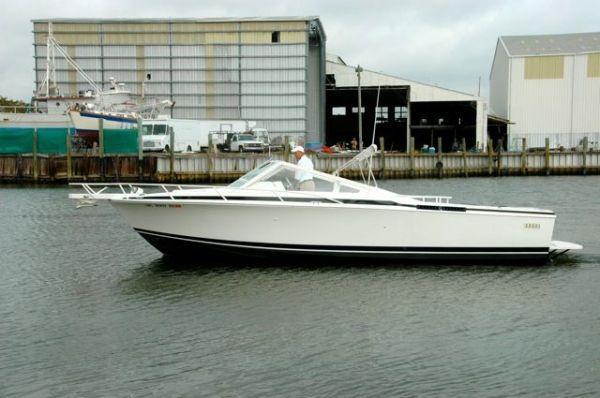 Bertram Moppie Dayboat 1995 Bertram boats for sale