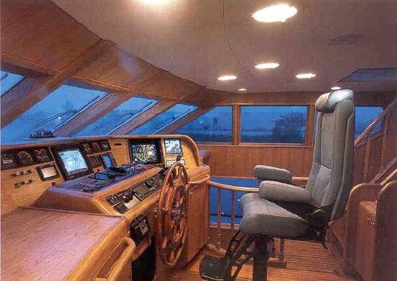 Burger 1996 Model Enclosed Pilothouse 1995 Pilothouse Boats for Sale