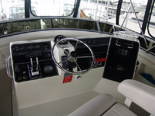 Carver 440 ACMY 1995 Carver Boats for Sale