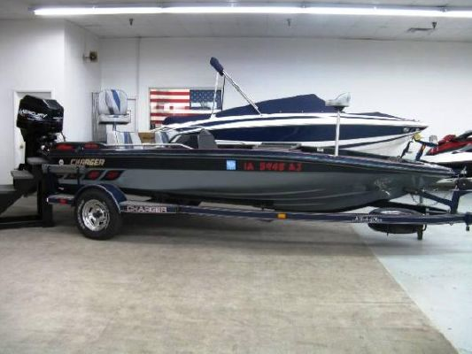 Charger 195 VTF 1995 All Boats