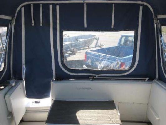 Striper 25' Cuddy Cabin 1995 Seaswirl Striper for Sale