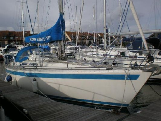 Sweden Yachts 370 Continental 1995 All Boats