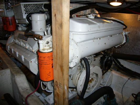 1995 wellcraft aft cabin motoryacht  17 1995 Wellcraft Aft Cabin Motoryacht