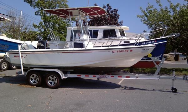 Boston Whaler Outrage 19 1996 Boston Whaler Boats