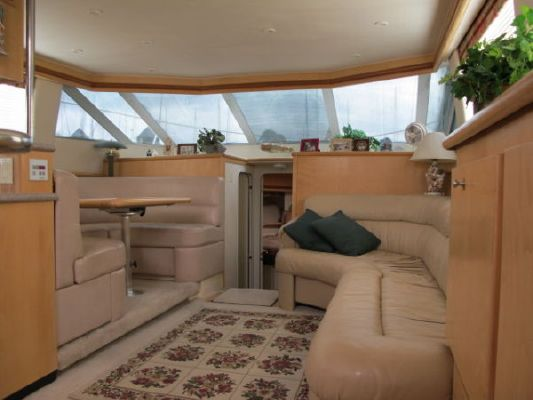 1996 carver 455 aft cabin with 3 staterooms  8 1996 Carver 455 Aft Cabin with 3 Staterooms