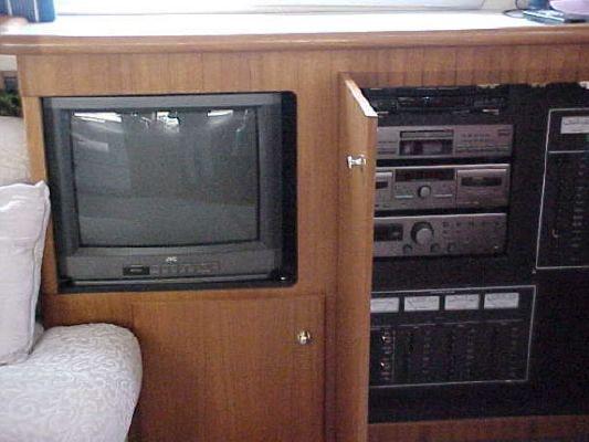 Carver 500 COCKPIT M/Y 1996 Carver Boats for Sale