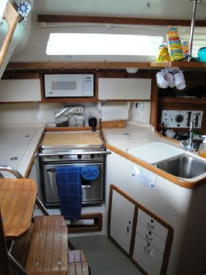 Catalina 320 1996 Catalina Yachts for Sale