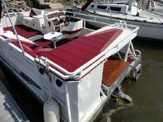 JC PONTOON 226 TriToon 1996 Pontoon Boats for Sale