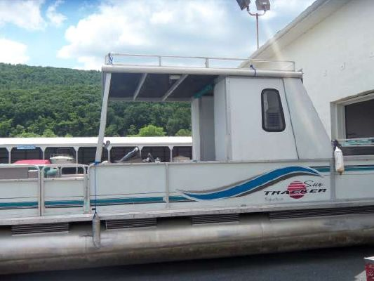 Sun Tracker Party Barge 30 Signature Series 1996 Sun Tracker Boats for Sale