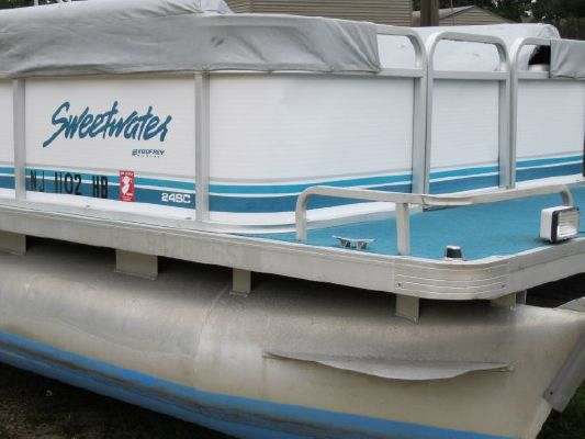 Sweetwater 2423 SC 1996 Sweetwater Pontoon Boat