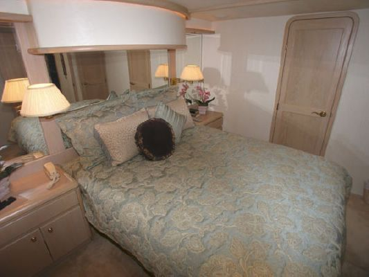 1996 west bay sonship pilothouse motoryacht  13 1996 West Bay SonShip Pilothouse Motoryacht