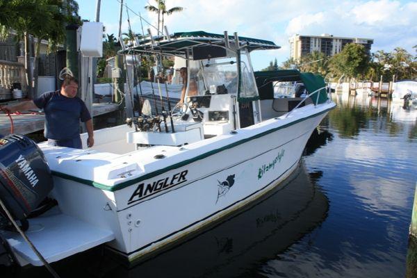 Angler 2500CC 1997 Angler Boats