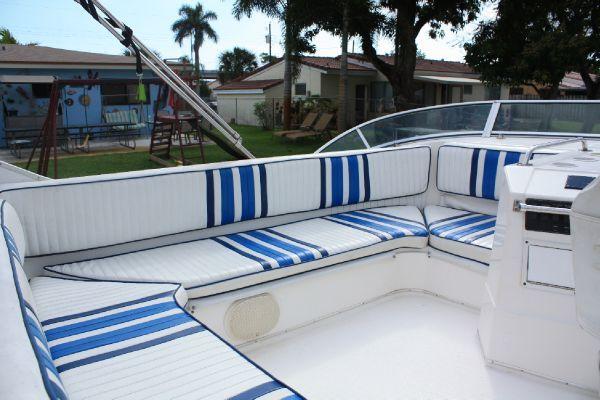 Bayliner 3788 Motoryacht 1997 Bayliner Boats for Sale