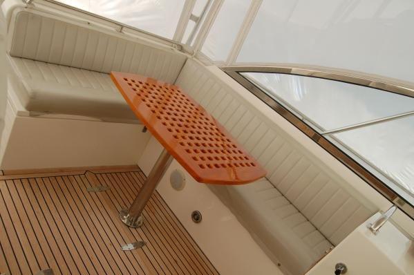 Grand Banks Eastbay 38 EX w/custom Hardtop 1997 Grand Banks Yachts