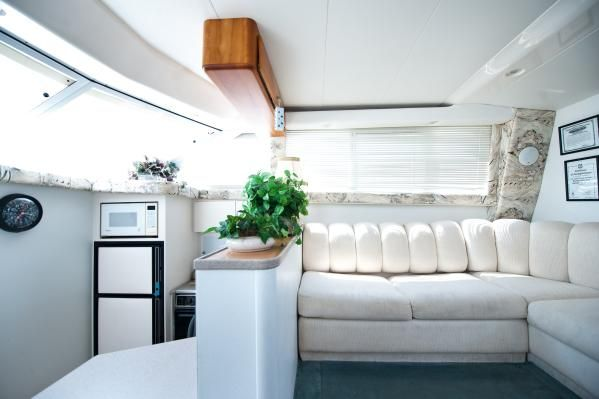 Silverton 44' Cockpit Motor Yacht 1997 Motor Boats