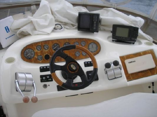 1997 sunseeker manhattan 48  5 1997 Sunseeker Manhattan 48